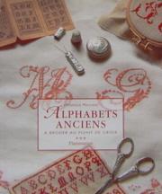 ALPHABETS ANCIENS A BRODER AU POINT DE CROIX
